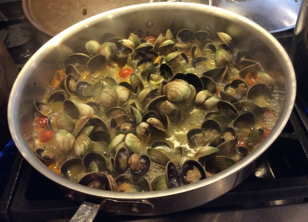 clam sauce cooking
