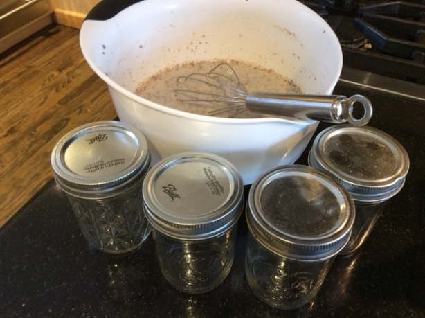 chia mixed:jars