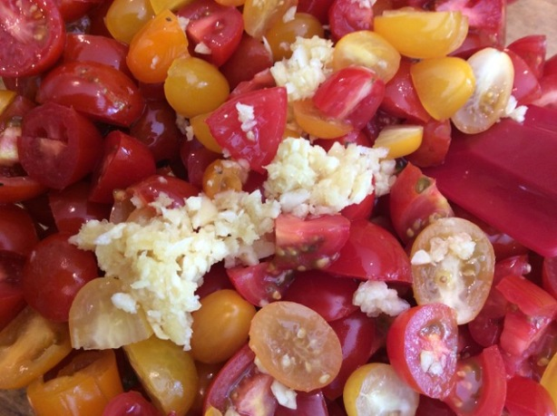 Richard's cherry tomatoes:garlic